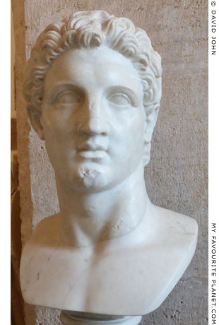 Colossal marble head of Alexander the Great in the Palazzo Nuovo, Capitoline Museums, Rome at My Favourite Planet