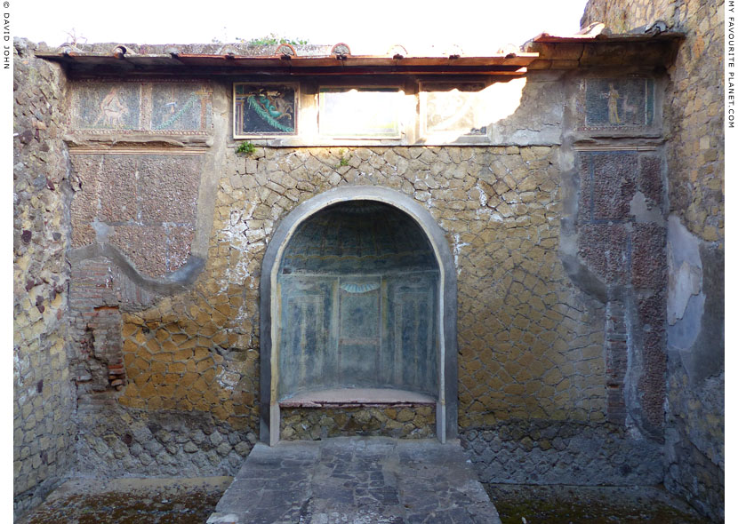 The House of the Skeleton, Herculaneum at My Favourite Planet