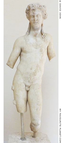 Marble statue of Dionysus in Ostia at My Favourite Planet