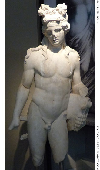 Marble statue of Dionysus from Thessaloniki at My Favourite Planet