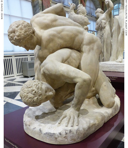 Cast of the Uffizi Wrestlers statue group at My Favourite Planet